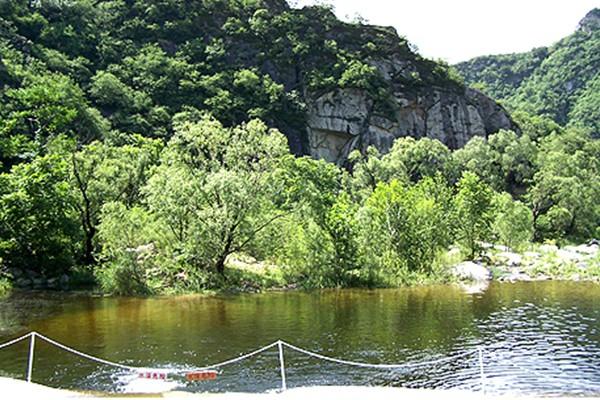 神堂峪自然风景区
