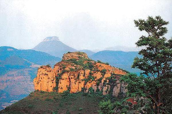 太云旅游网 景点门票 抱犊崮国家森林公园  主要景区有:巢云竹林景区
