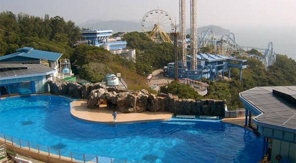 """香港海洋公园的一切似乎都与""""海""""有关,当然,这里的""""海景""""跳楼机更是个"""
